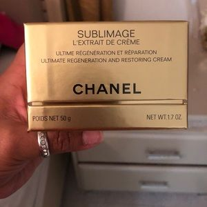 Chanel restoration cream